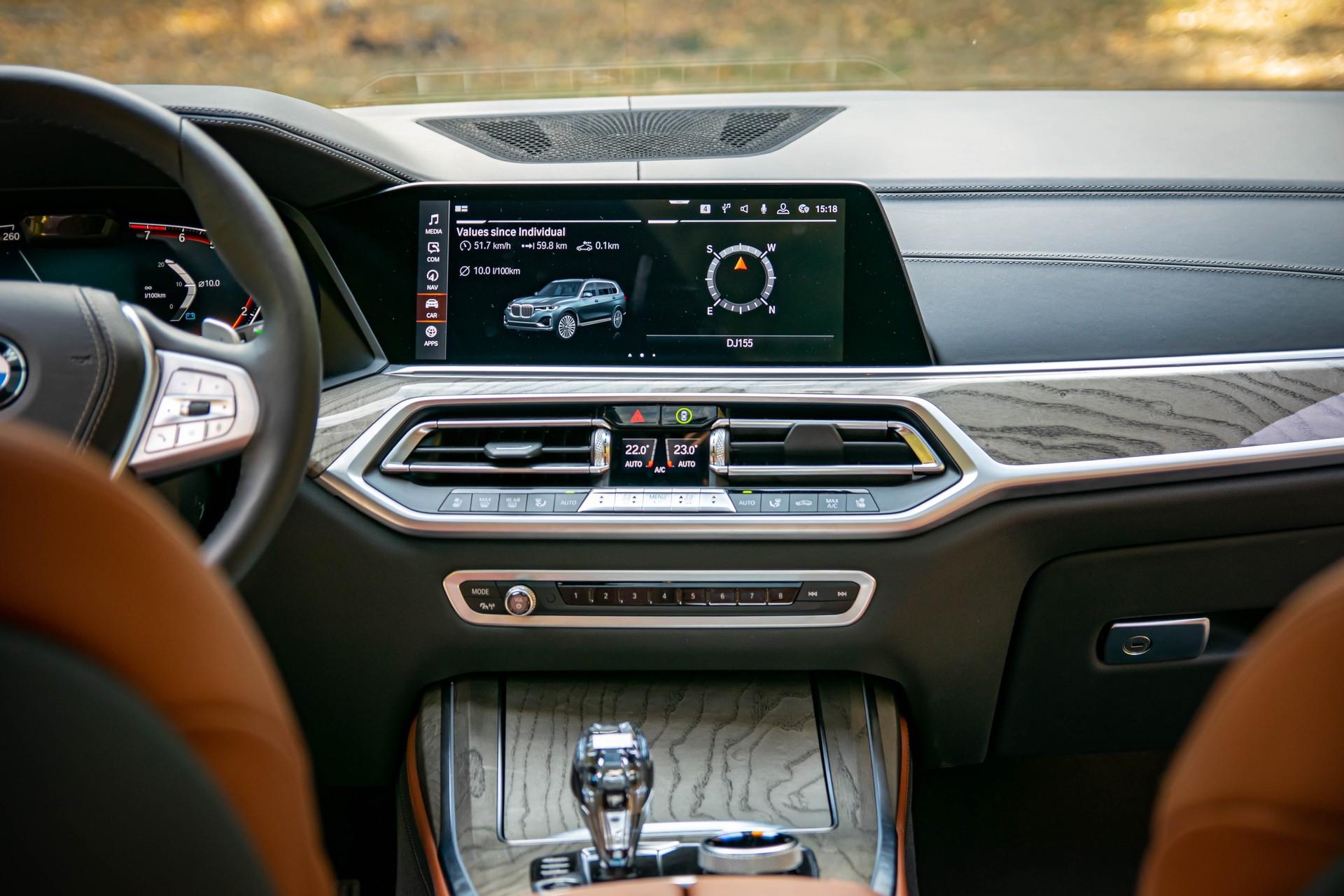 2020 BMW X7 xDrive40i test drive 0038