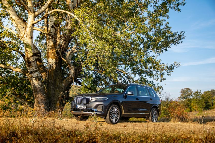 2020 BMW X7 xDrive40i test drive 0067 830x553