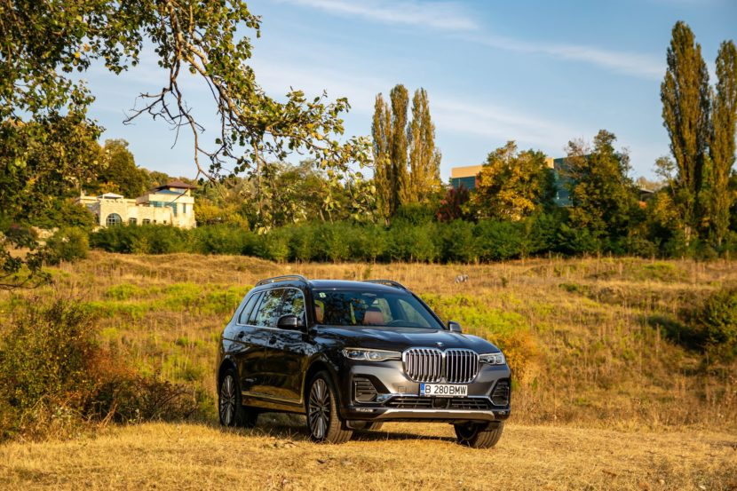 2020 BMW X7 xDrive40i test drive 0075 830x553
