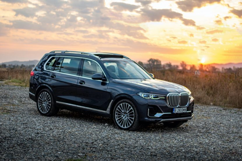 2020 BMW X7 xDrive40i test drive 0077 830x553