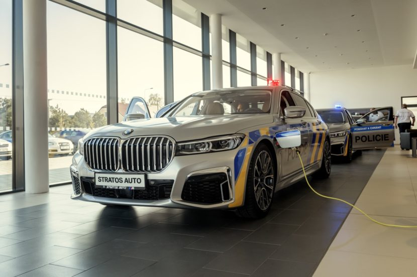 BMW 7 Series plug in hybrids for police cars 3 830x553