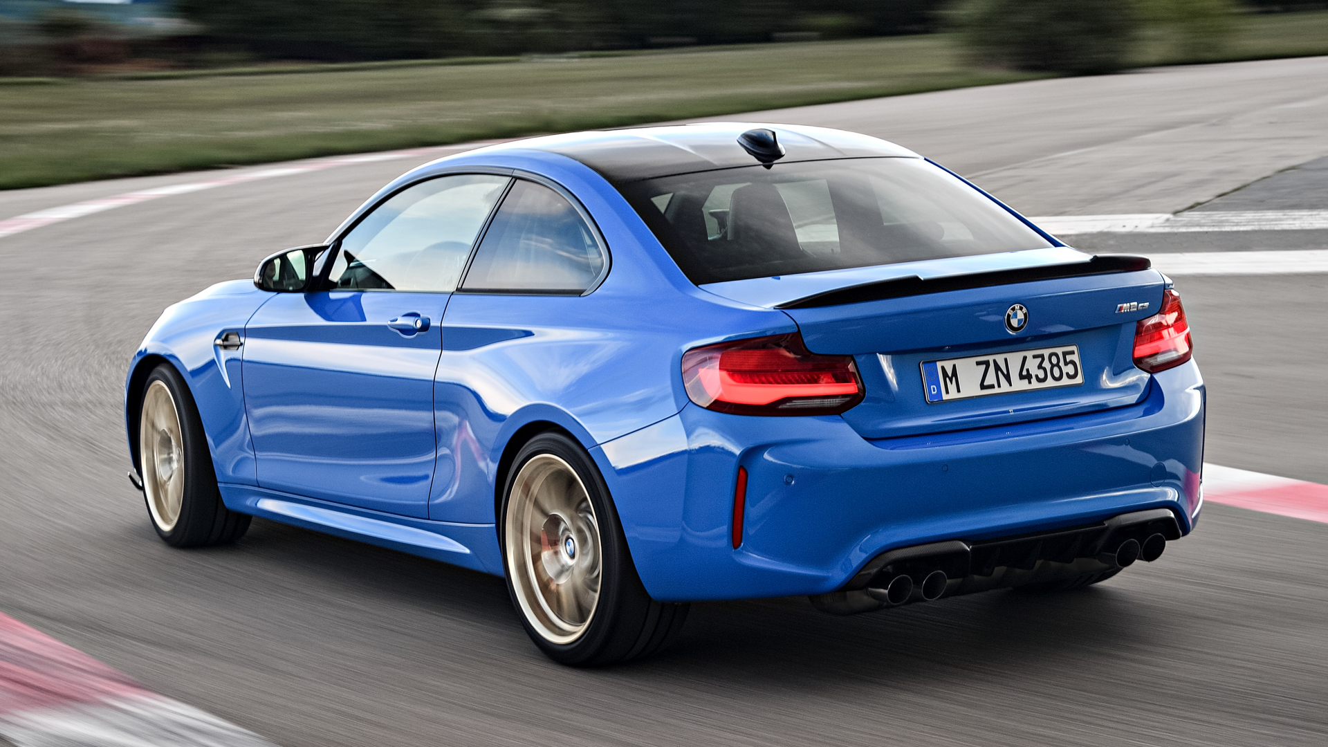 BMW M2 CS M2 Comp Comparisons 10 of 12