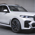 BMW X7 M Sport in Alpine White G07 120x120