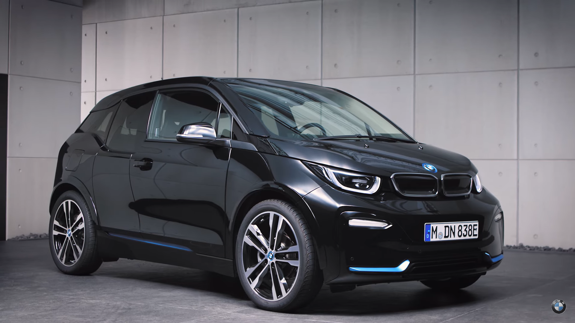 BMW i3s in Fluid Black I01 LCI