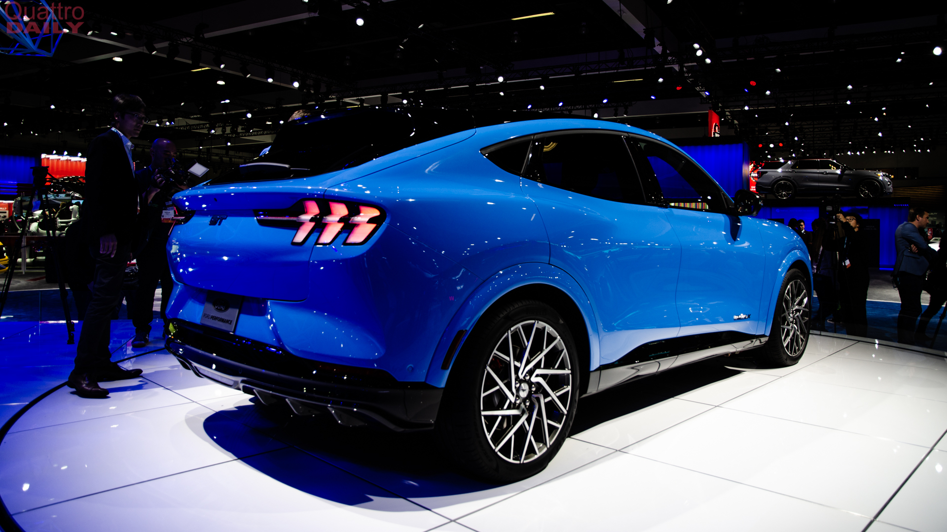 2019 LA Auto Show: Ford Mustang Mach-E -- An Electric ...