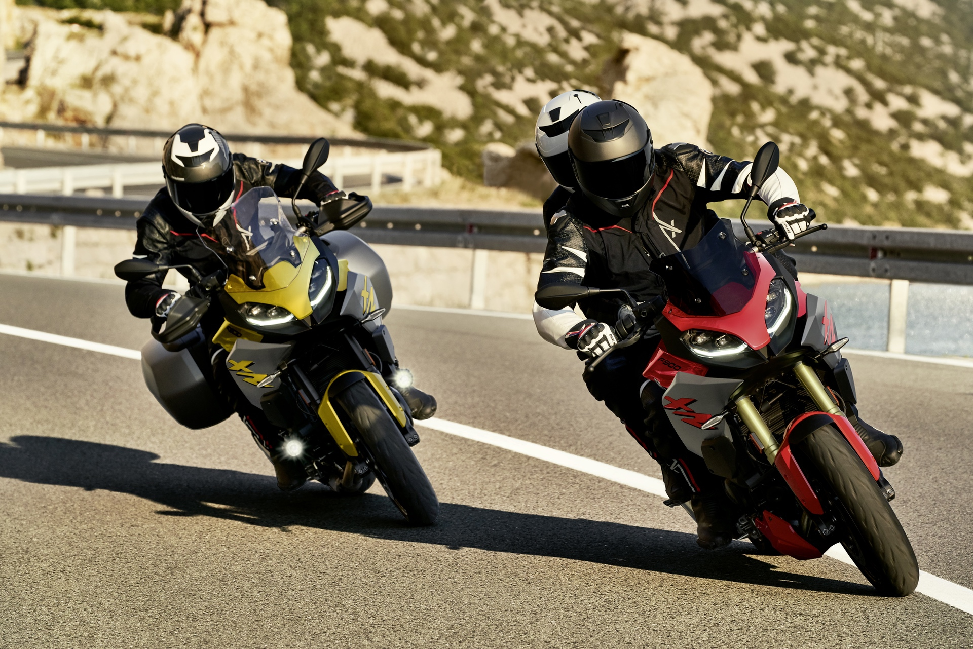 New BMW F 900 R and F 900 XR Unveiled