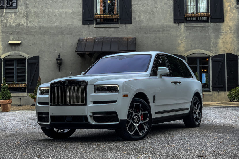 Rolls Royce Cullinan Black Badge  830x553