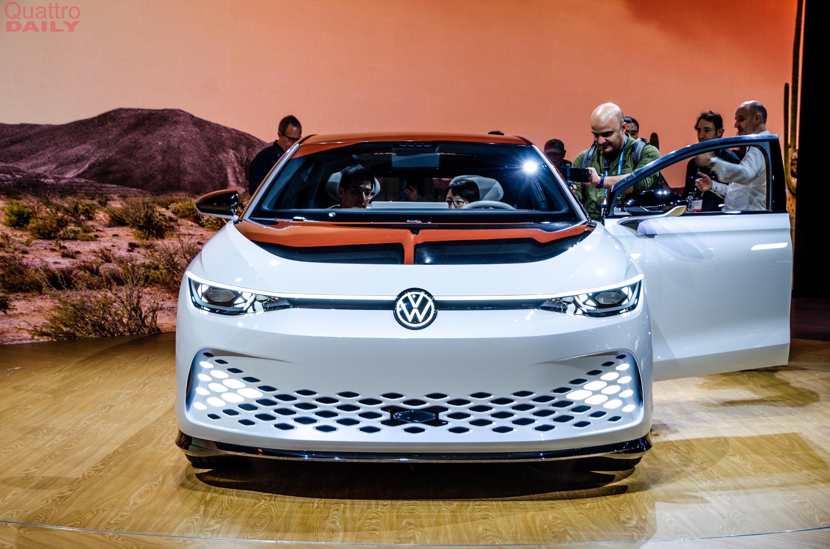 Volkswagen Space Vizzion LA Auto Show 6917