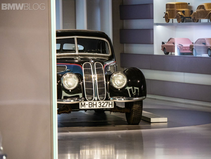 1938 BMW 32728 image 2 830x623
