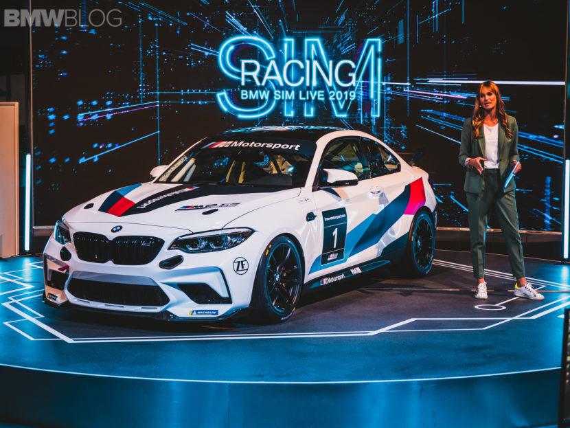 BMW M2 CS Racing photos 36 830x623