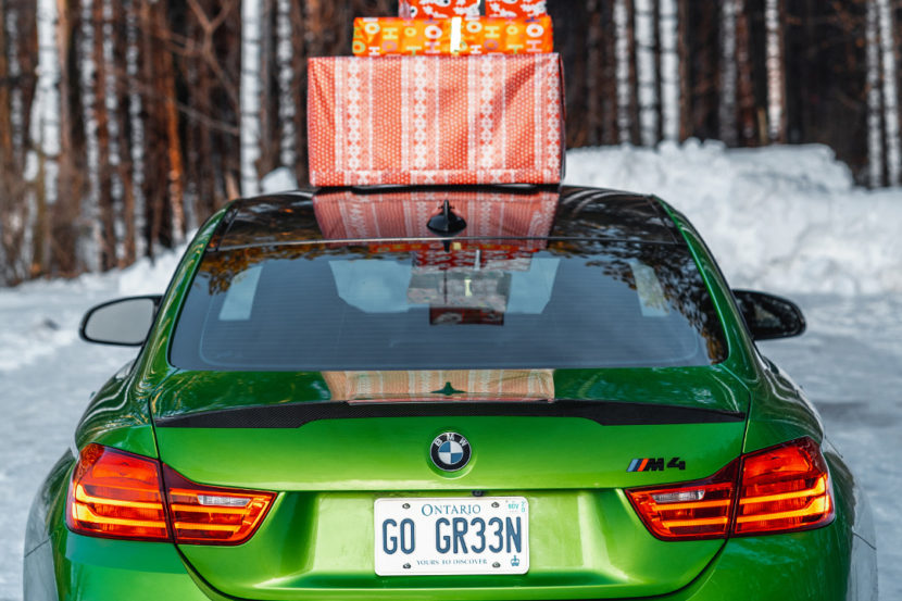 BMW Merry Christmas Holidays 830x553