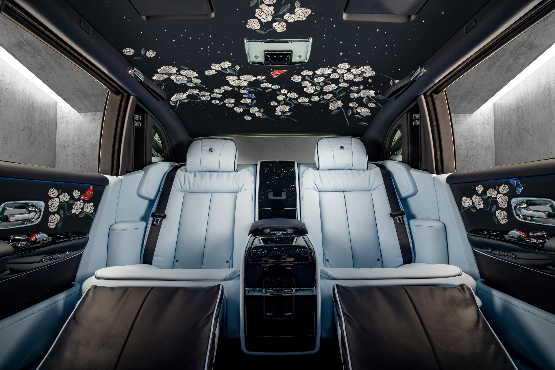 Million Stitch Rolls Royce Phantom 1