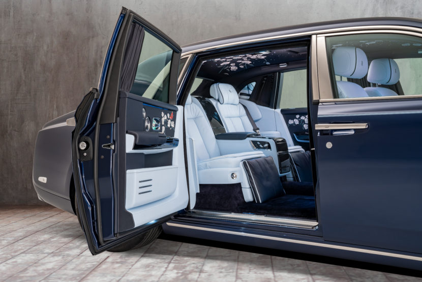 Million Stitch Rolls Royce Phantom 2 830x554