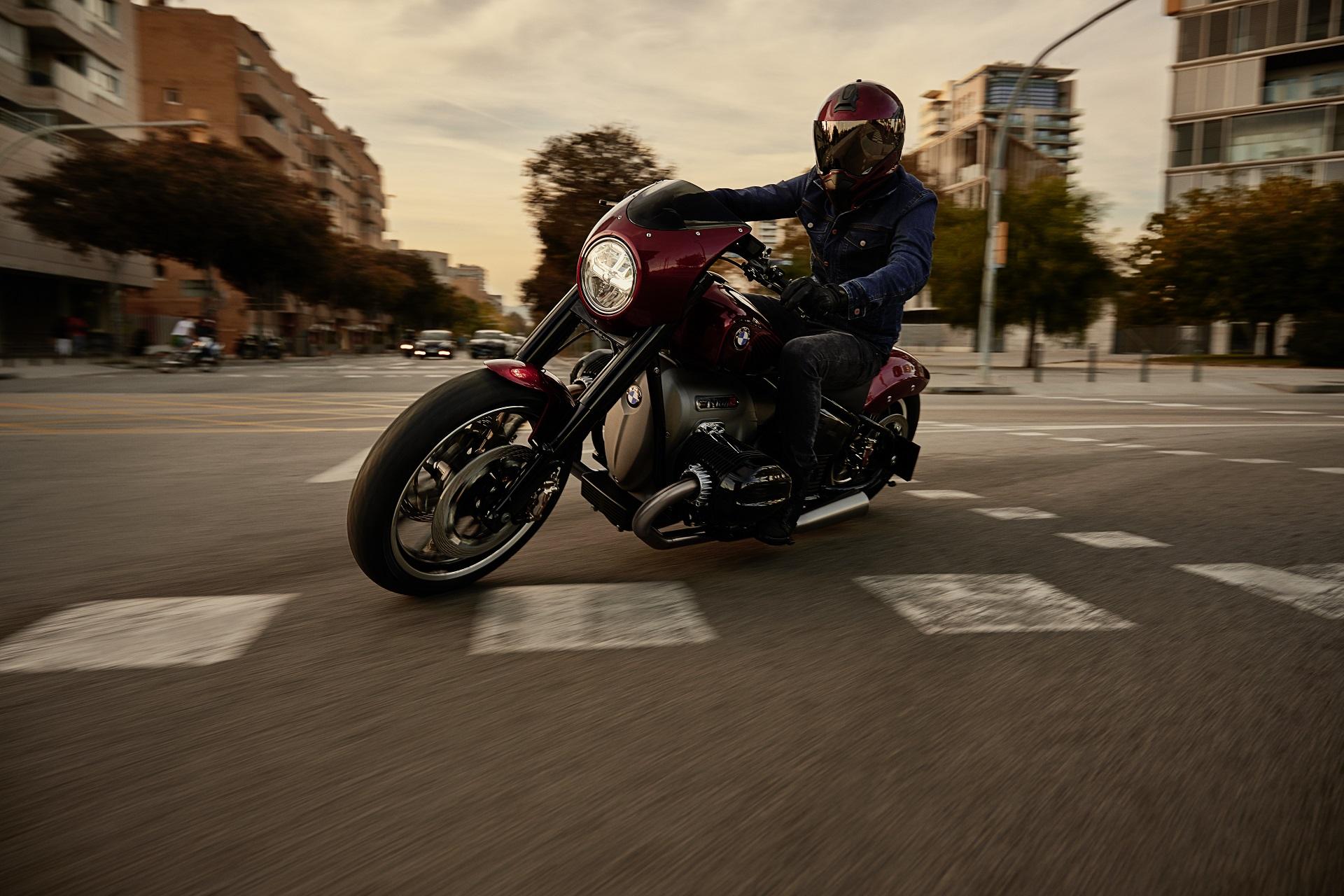 P90375109 highRes bmw motorrad concept