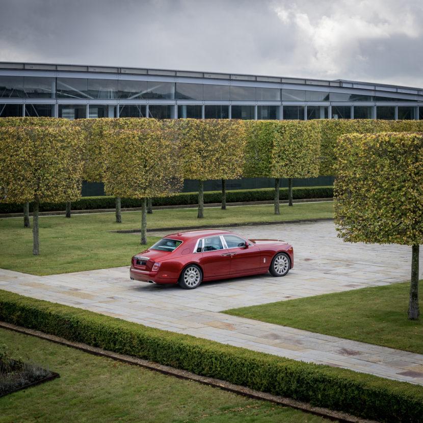 Rolls Royce Phantom RED 9 830x830