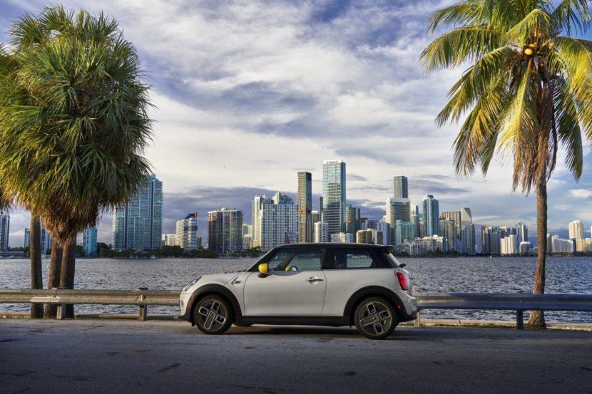 2020 MINI Cooper SE test drive review 39 830x553