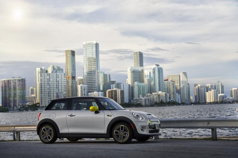 2020 MINI Cooper SE test drive review 40 830x553