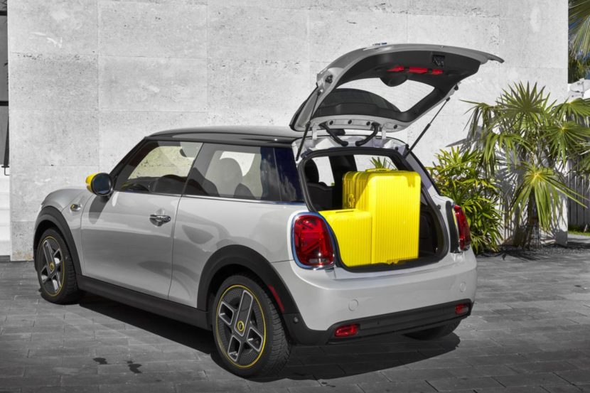 2020 MINI Cooper SE test drive review 69 830x553