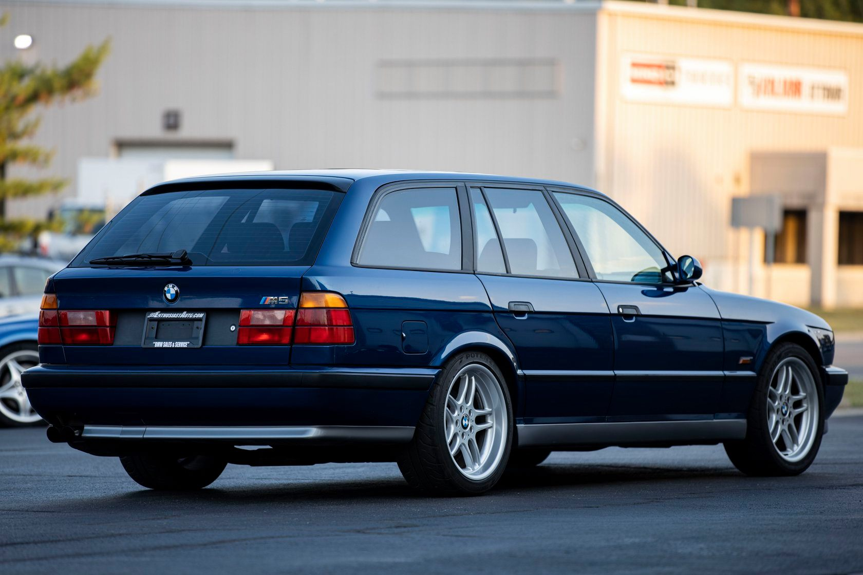 Video This 1994 Bmw E34 M5 Touring Is Up For Grabs Probably Expensive