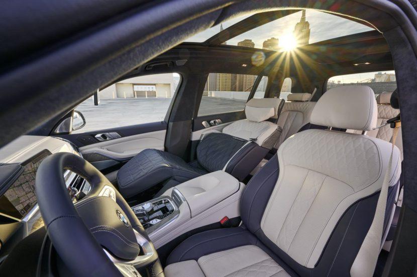 BMW X7 ZeroG Lounger 17 830x553