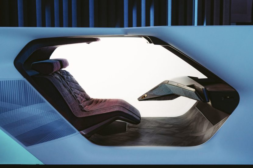 BMW i Interaction EASE 4 830x553