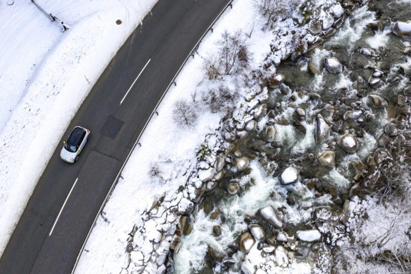 MINI Cooper SE in the Austrian Alps 13 830x553