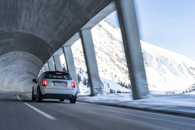 MINI Cooper SE in the Austrian Alps 5 830x553