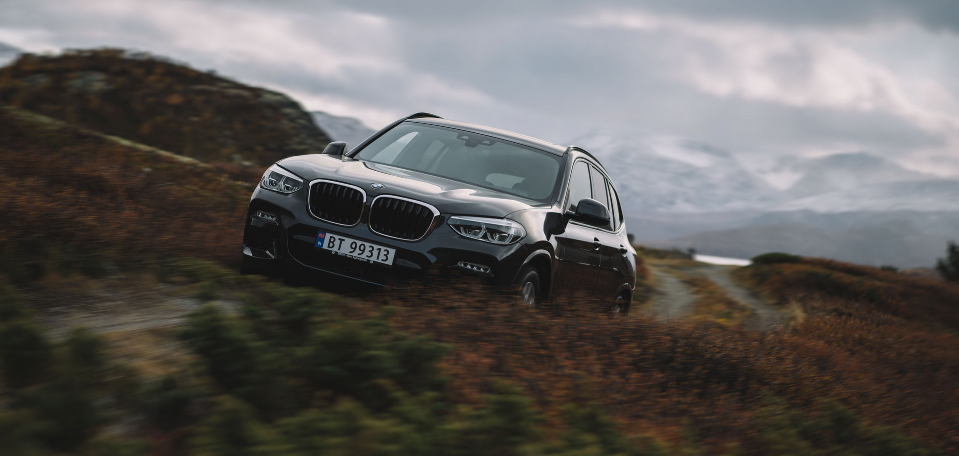 Norway Postcards with BMW X3 1