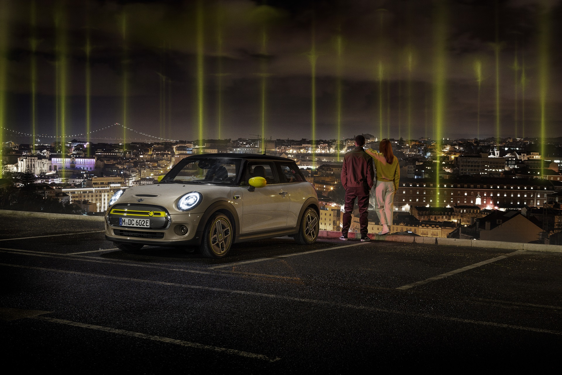 MINI Cooper SE Gets a Special Reveal Ceremony in Lisbon