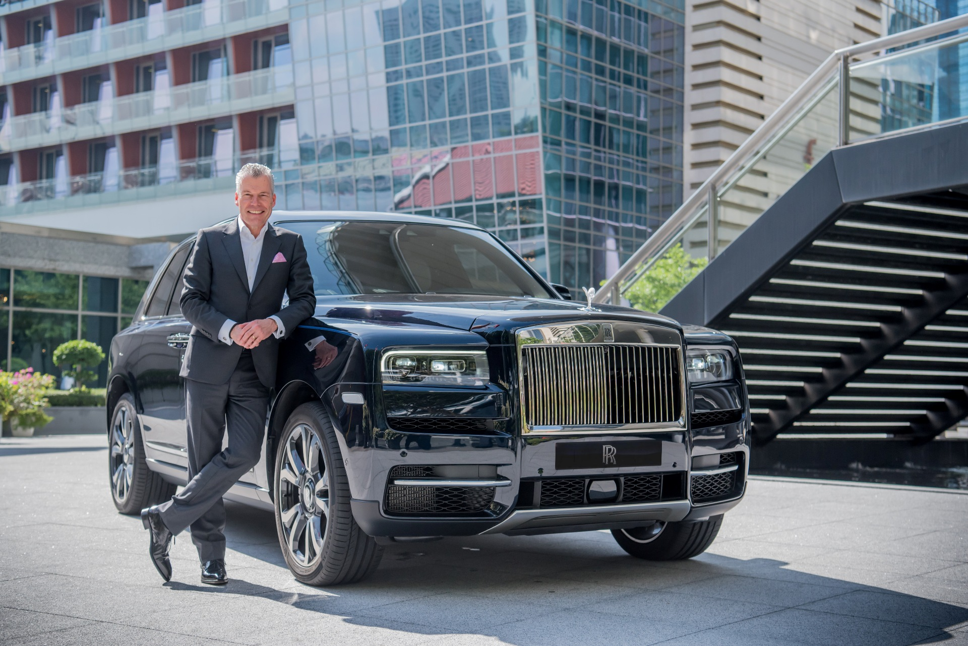 Rolls Royce record breaking 2019 sales 1
