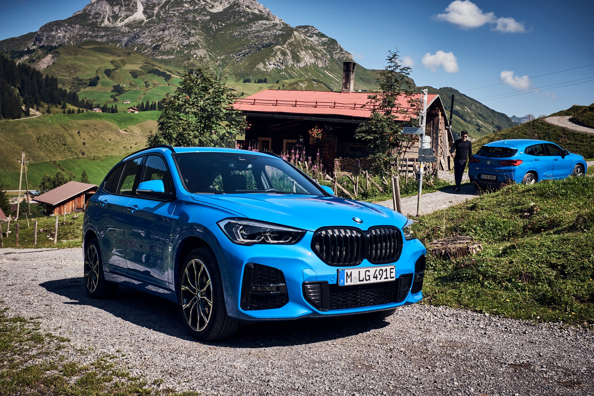The new BMW X1 xDrive25 and X2 xDrive25e 4