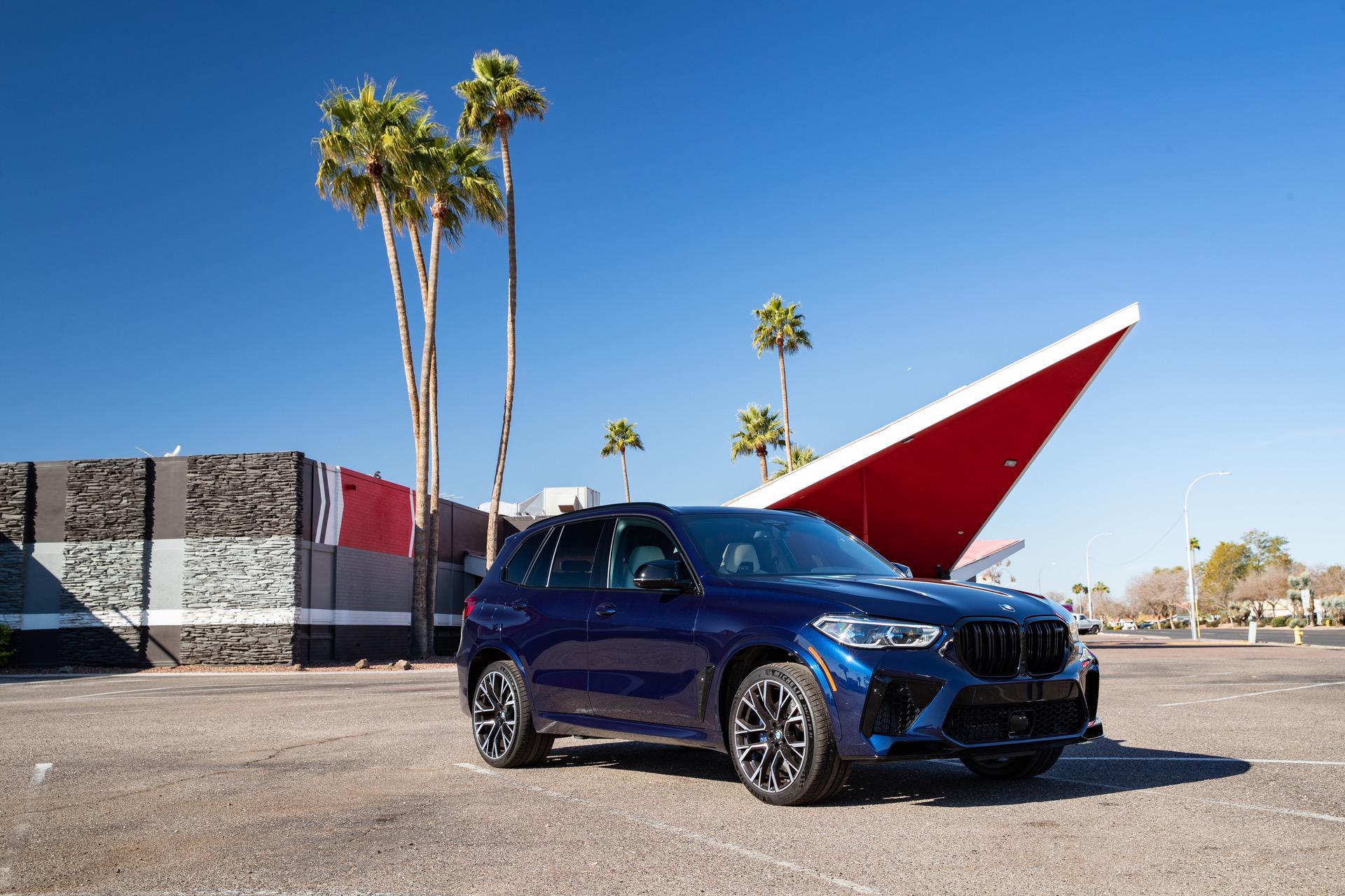 2020 BMW X5M Tanzanite Blue II 62
