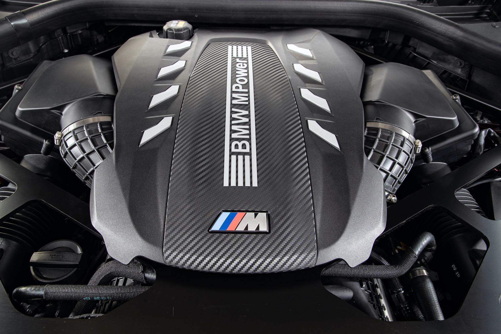 2020 BMW X6 M Ametrine 144