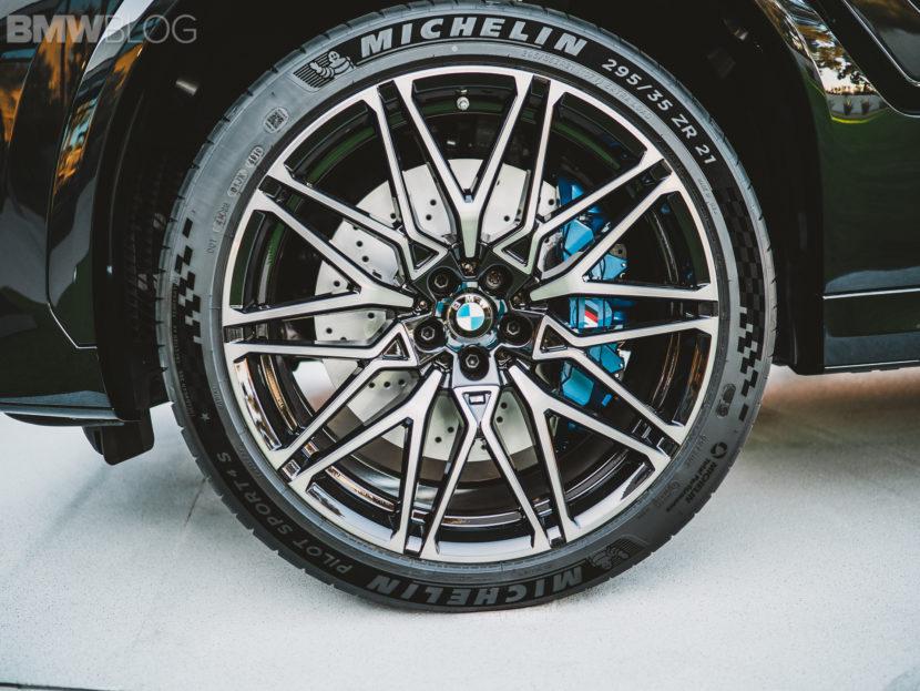 2020 BMW X6M Competition Carbon Black 9 830x623