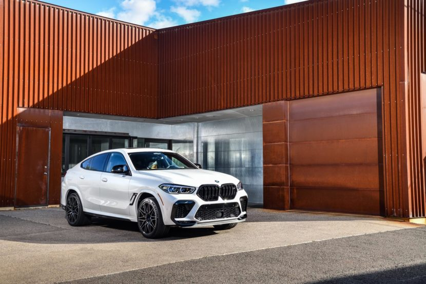 2020 BMW X6M Competition Mineral White 67 830x553