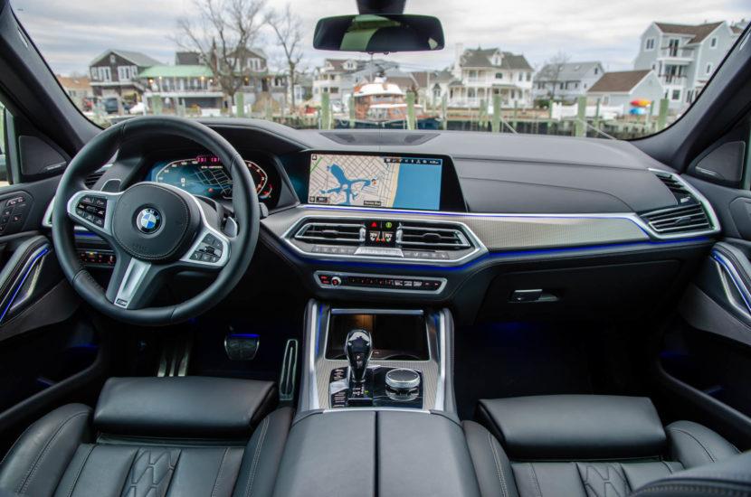 BMW X6 M50i 22 830x550