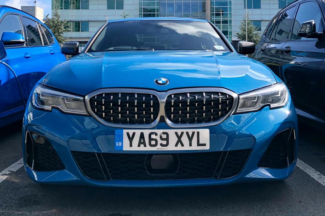 2020 BMW M340d G20 Laguna Seca Blau Individual 02