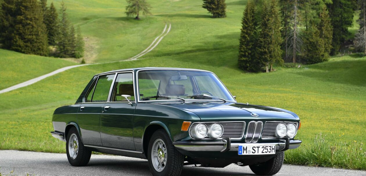 BMW 2500 1970 Tundragrun 19 1260x608