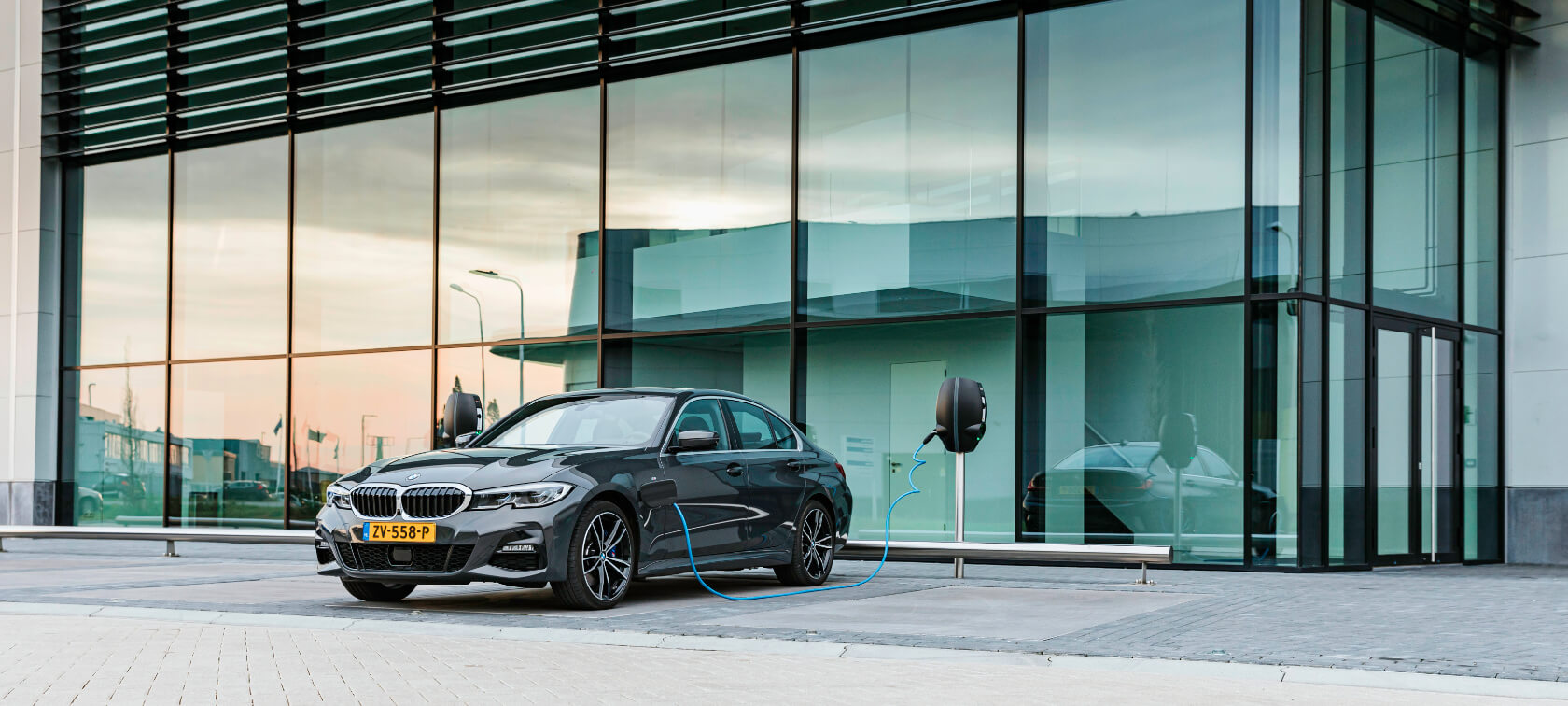 BMW 330e eDrive Edition 1