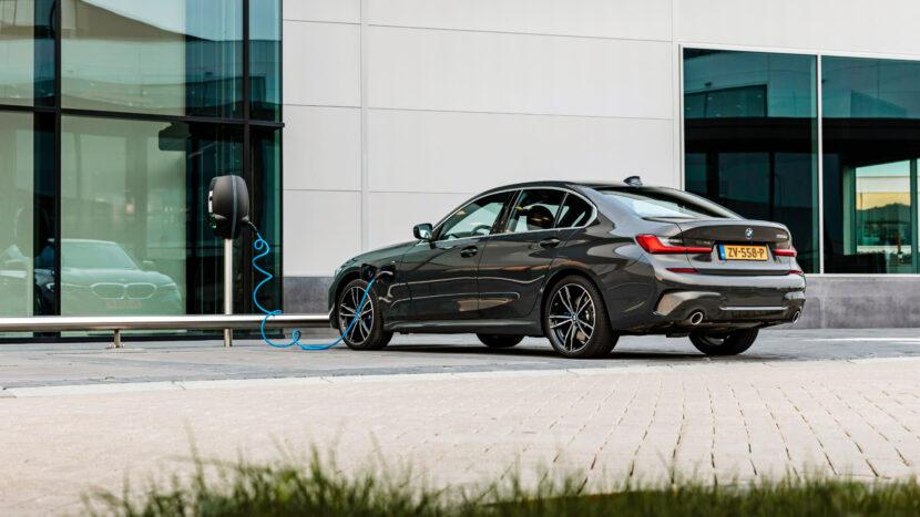 BMW 330e eDrive Edition 2 830x467