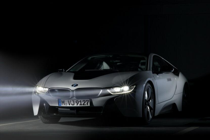 BMW Laser lights on the i8 830x553