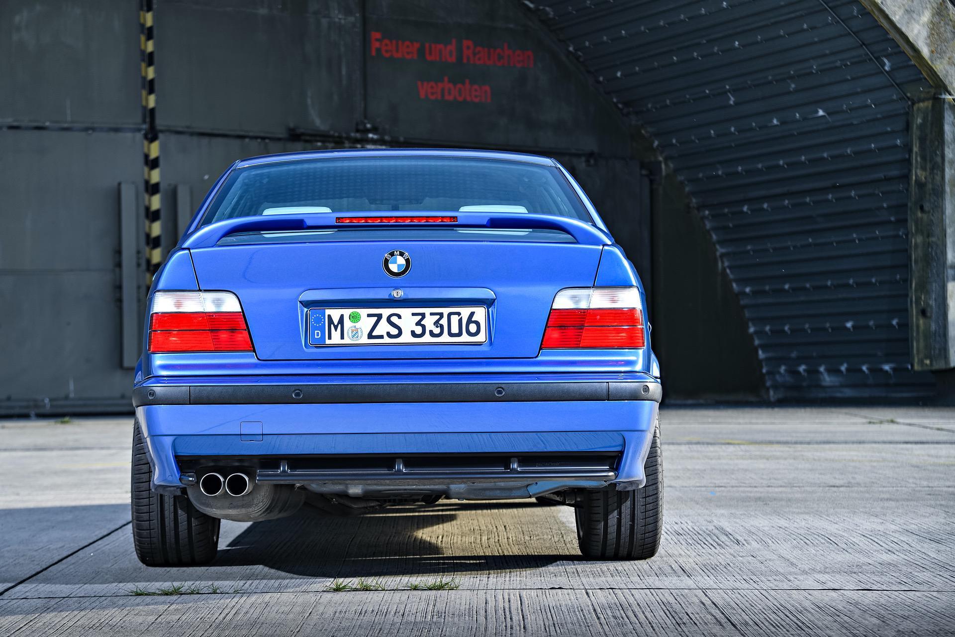 BMW M3 Compact E36 11