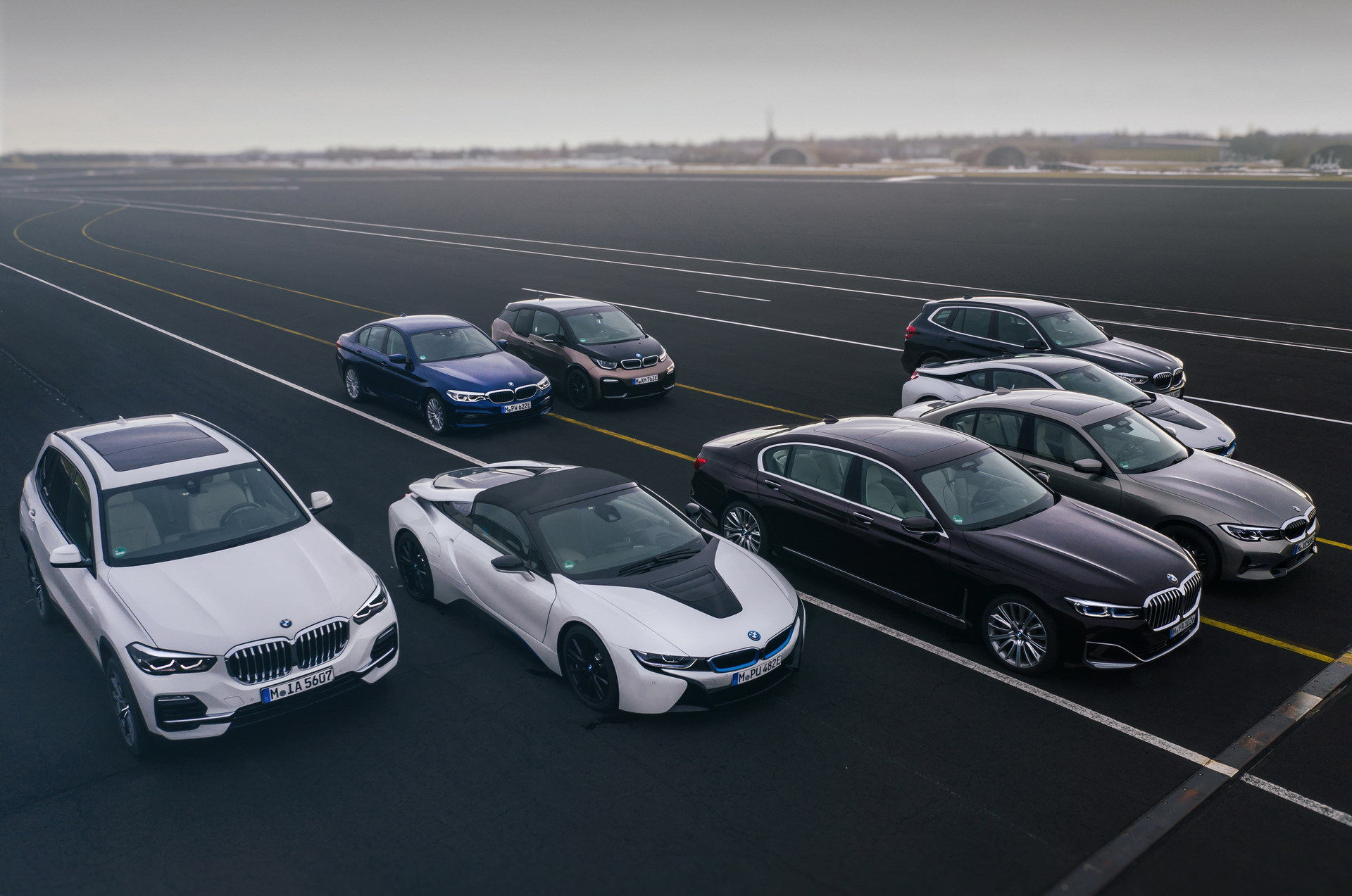 BMW plug in hybrid vehicle fleet 8