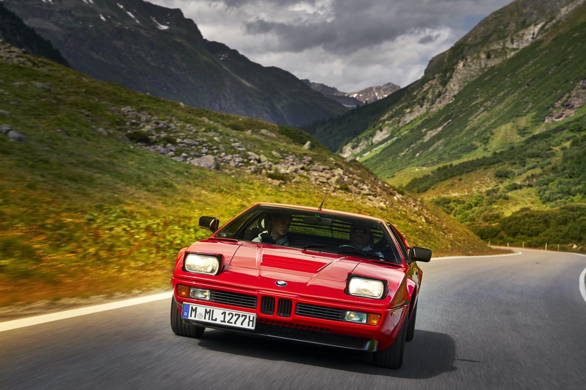 BMW M1 red supercar 11