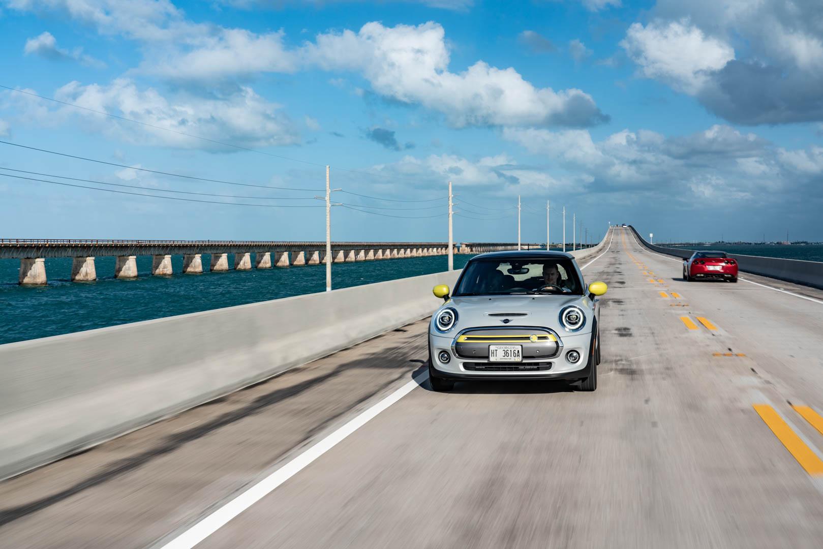 MINI Cooper SE Florida Keys 12