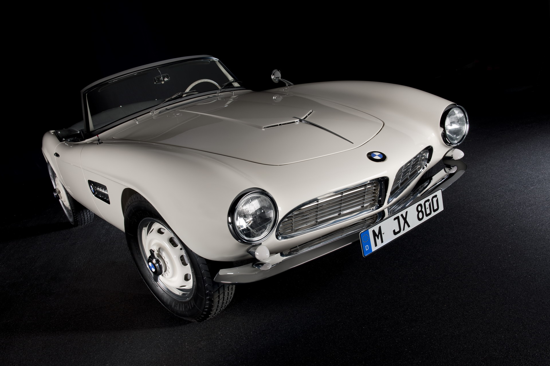 Video: Here's the full story of the BMW 507 and how it went bust