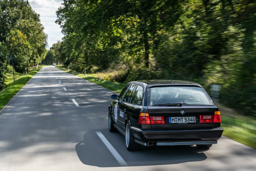 bmw e34 m5 touring 14 830x553