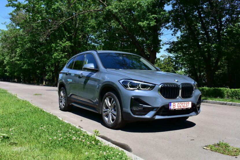 2020 BMW X1 xDrive20i 23 830x553