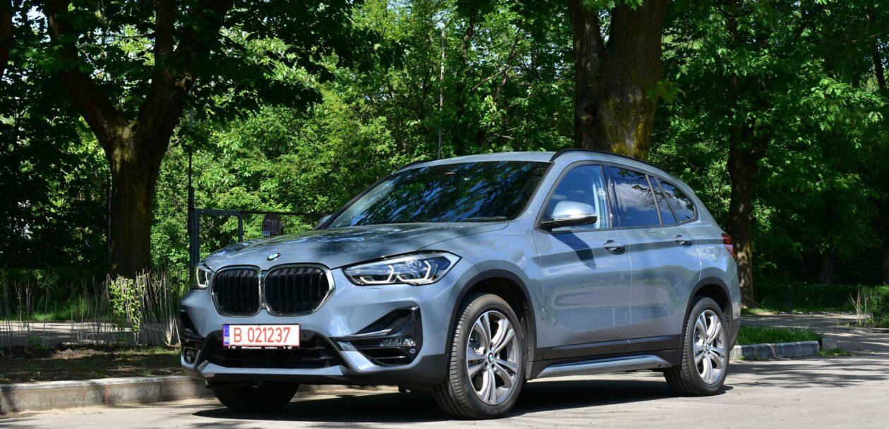 2020 BMW X1 xDrive20i 67 1260x608