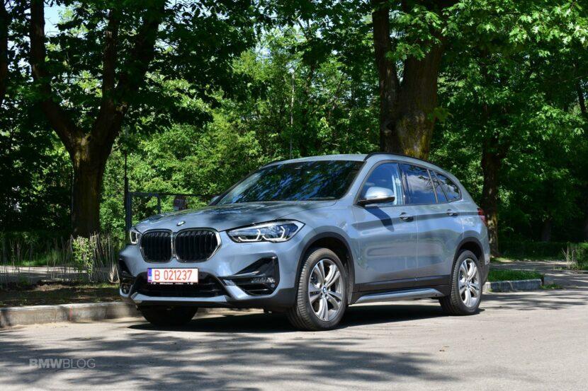 2020 BMW X1 xDrive20i 67 830x553